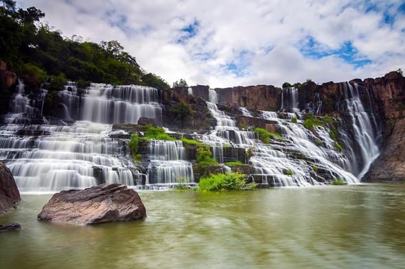 Check in thác Pongour - 'Nam Thiên Đệ Nhất Thác' - ảnh 1